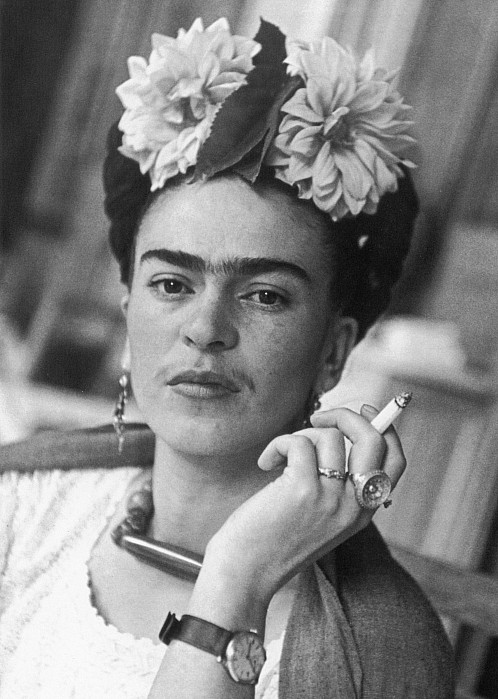 Frida Kahlo, surrealismo y entrevista imaginaria