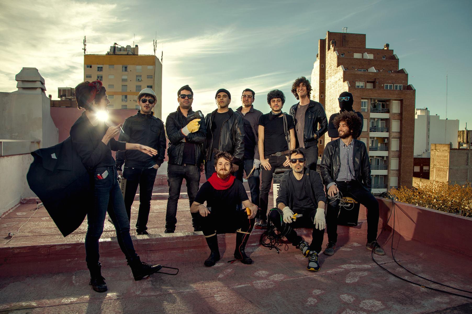 Disco Es Cultura Presenta: Apolo Beat + Un Día Perfecto Para El Pez Banana + Lautremont