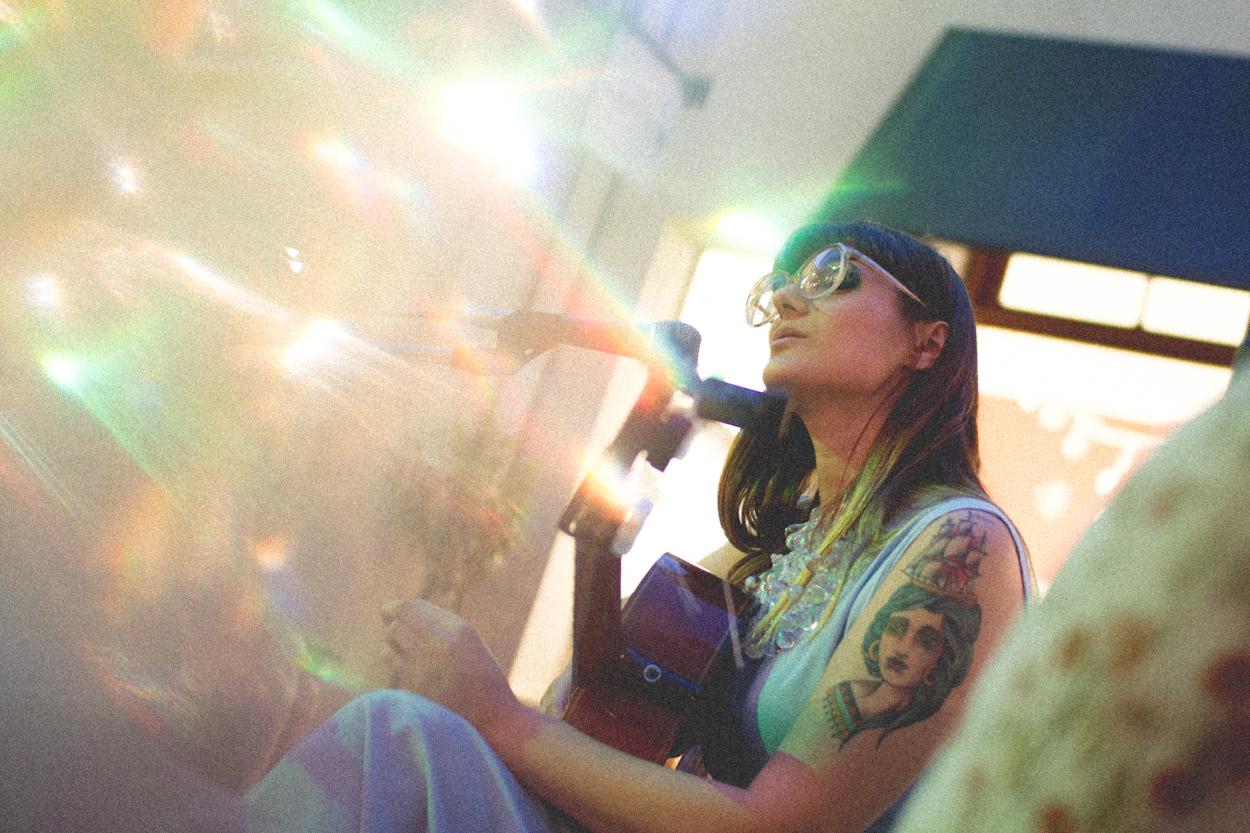 Los hilos invisibles: Mariana Päraway presentó Hilario