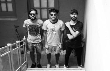 Canciones de Checo: La isla común presenta su segundo LP