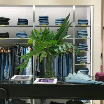CHER reinauguró local en Córdoba Shopping