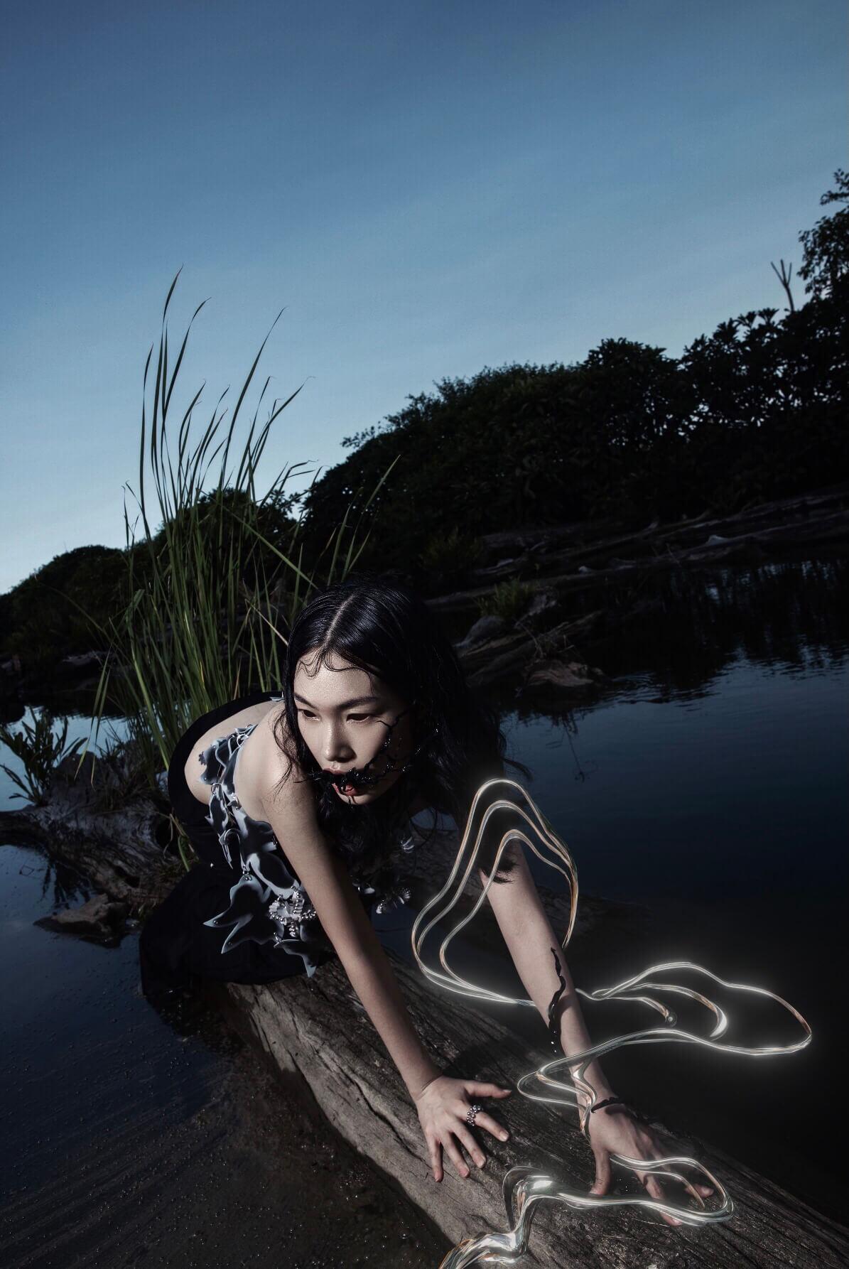 Black ocean-12